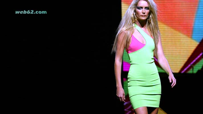 photo Versace Fashion show