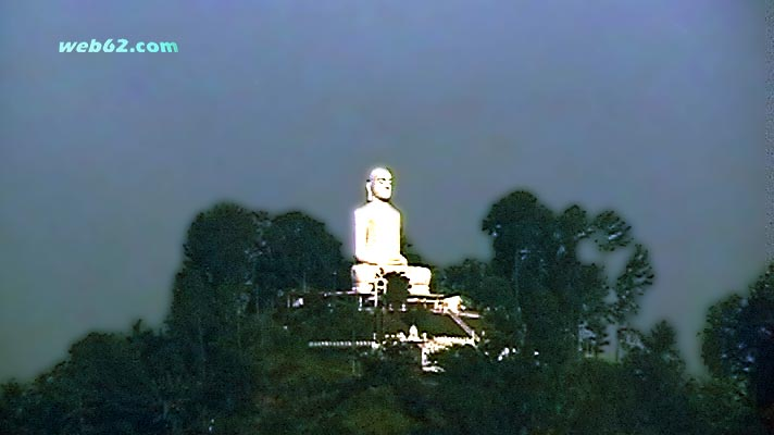Big White Buddha in Kandy